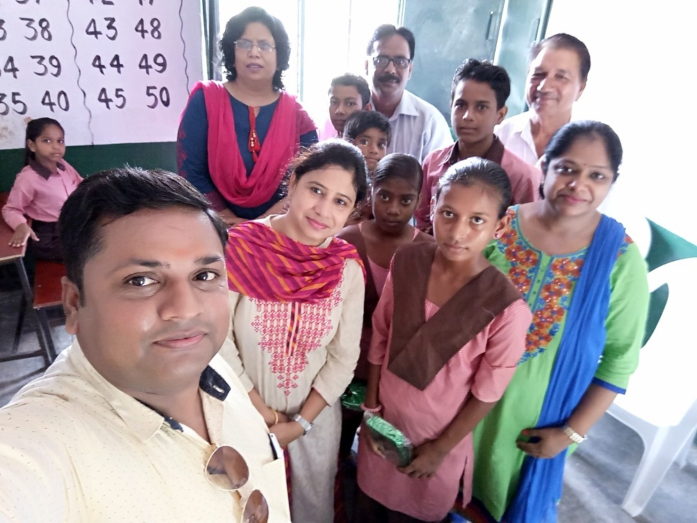 Hindi Diwas Celebration in Government School 2017